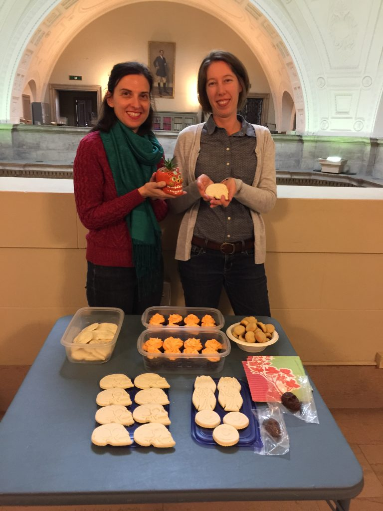 SkullSmackdown contestants Diane Biunno (l.) and Erin Connelly, with array of Day-of-the-Dead themed treats. width=